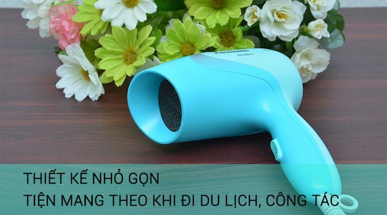 Danh-gia-may-say-toc-panasonic-nd11-mau-xanh-duong